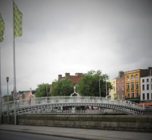 Ha'penny bridge,Dublin over the River Liffey