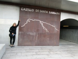 Entrance to Castillo Santa Barbara